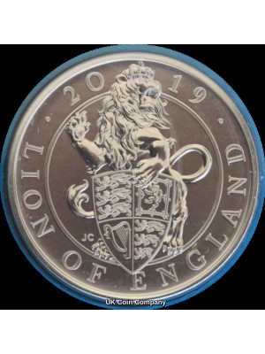 2019 Pride Of England BU £5 Five Pound Coin Pack Issued By The Royal Mint featuring The Queens Beast The Lion