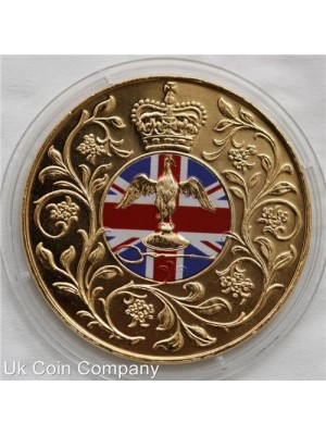1977 united kingdom silver jubilee gold plated coloured crown coin in capsule