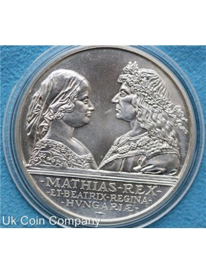 1990 hungary silver king mathias and queen beatrix 500 forint coin.